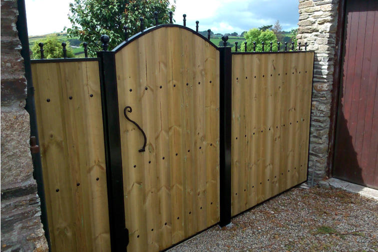 brilliant wooden gate and frame door